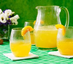 Clinton Kelly Peach Champagne Punch