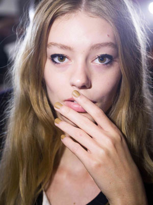 New Neutral Nail Trend